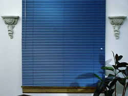 Persionas de P.V.C. y Mini-Blinds